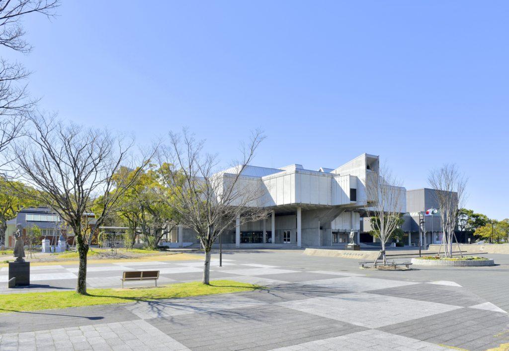 佐賀博物館美術館